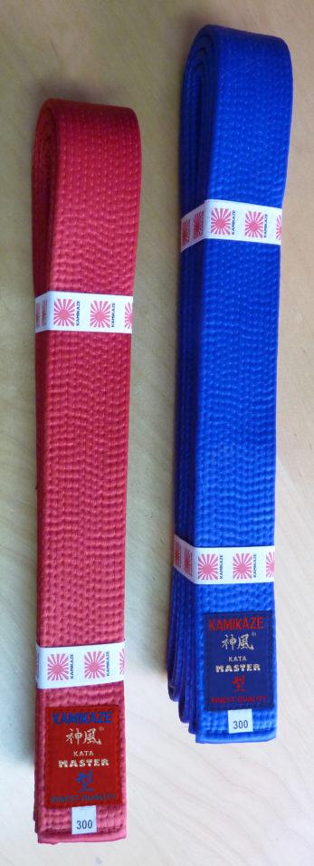 ceinture-competition-karate-kamikaze-kata-master-satin-rouge-ou-bleue
