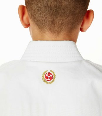 karate-gi-seishin-international-wkf-enfant-logo-nuque