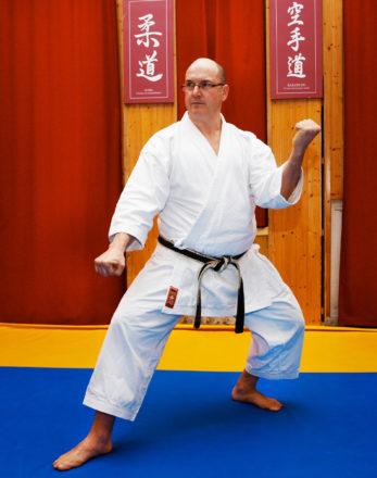 karategi-kimono-mushin-kamikaze-martin-gedan-barai