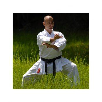 kimono-karate-gi-kamikaze-europa-fudo-dachi-dans-prairie