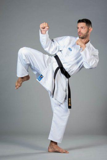 kimono-karate-gi-ko-italia-agostina-skin-wkf-mawashi-geri