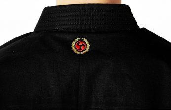 kimono-karate-gi-seishin-international-noir-logo-nuque