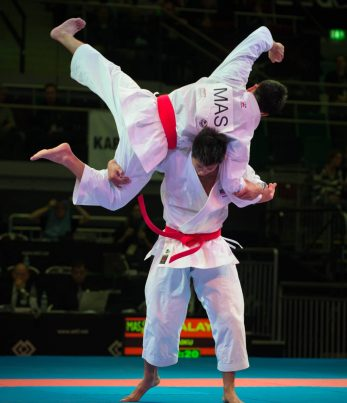 kimono-karate-gi-shureido-new-wave-3-wkf-approved-application-kata-1