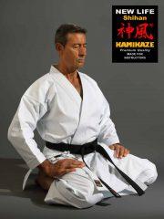 kimono-karate-kamikaze-new-life-shihan-seiza