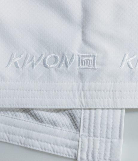 kimono-karate-kwon-kousoku-polyester-wkf-approved-broderie-blanche