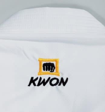 kimono-karate-kwon-kousoku-polyester-wkf-approved-broderie-nuque