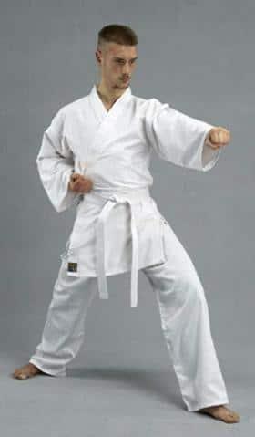 kimono-karate-renshu-kwon-oizuki