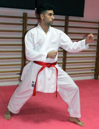 kimono-karategi-k-one-kumite-wkf-kamikaze-hidari-kamae
