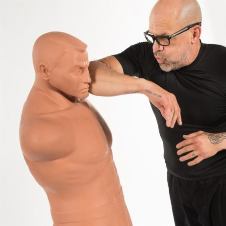 mannequin-de-frappe-big-bob-xl-century-mawashi-empi-uchi-sur-karate-gi